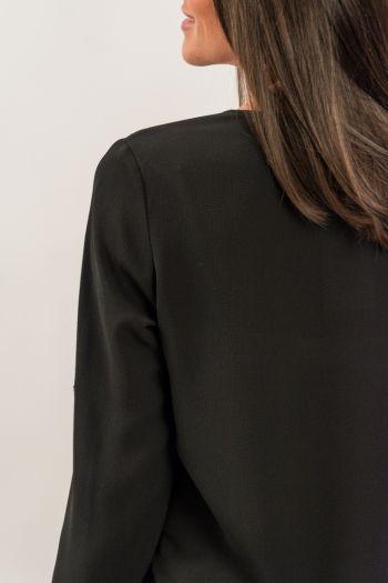 Bluză neagră cu mărgele argintii
