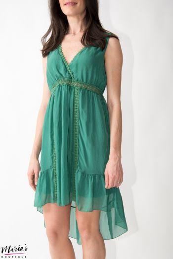 Rochie din mătase verde cu elemente brodate