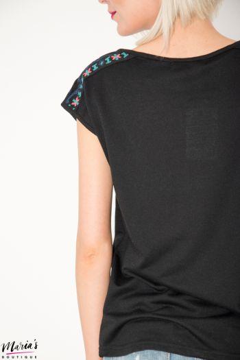 Bluză neagră fără mâneci cu broderie și canafi