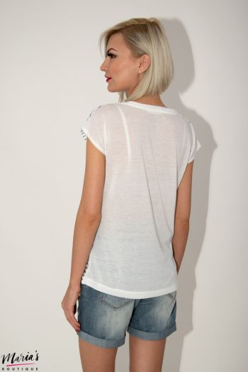 Tricou alb imprimeu dungi