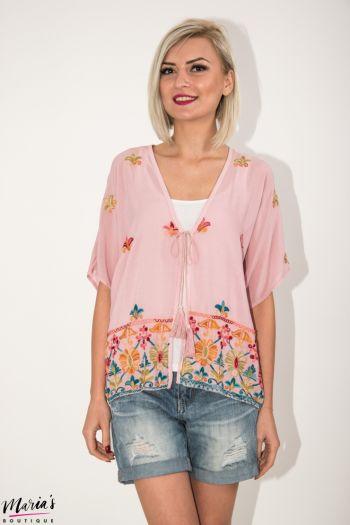 Bluză roz cu broderie și canafi