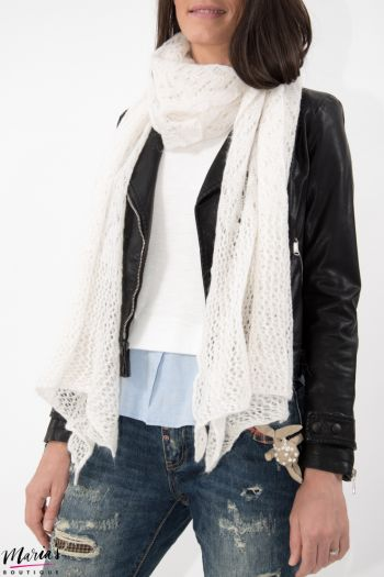 Eșarfă tricotată albă