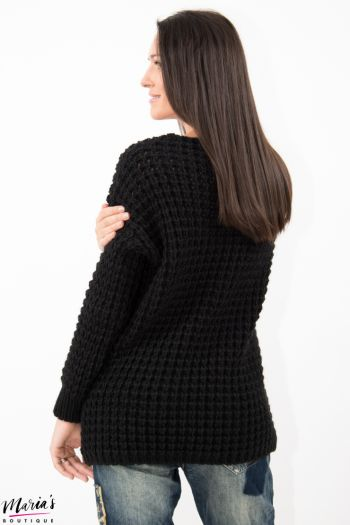 Pulover negru tricotat