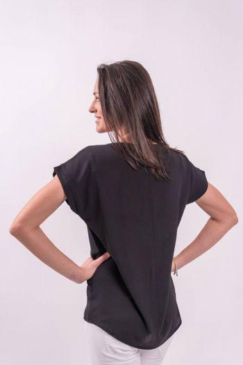 Bluză neagră cu broderie aplicată